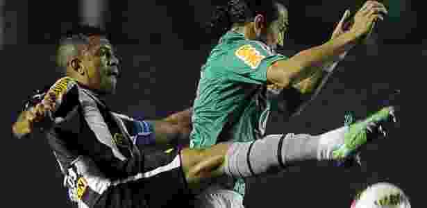 Botafogo ignora reencontro com carrasco Barcos e teme favorecimento ao  Palmeiras 4d9eca506d70c