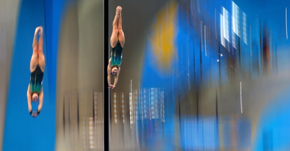 Australianas Rachel Bugg e Loudy Wiggins disputam a prova de saltos sincronizados (31/07/2012)
