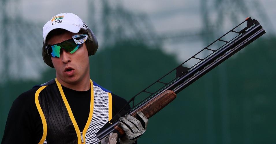 Brasileiro Filipe Fuzaro disputa eliminatória em prova de tiro nos Jogos de Londres