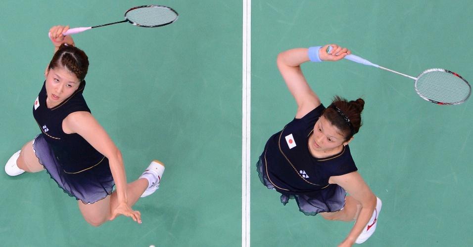 Japonesas Mizuki Fujii (e.) e Reika Kakiiwa durante partida de badminton contra dupla do Canadá, pelas semifinais