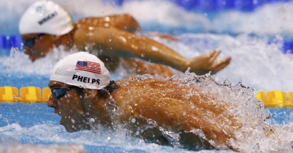 Michael Phelps disputa as eliminatórias dos 100 m borboleta