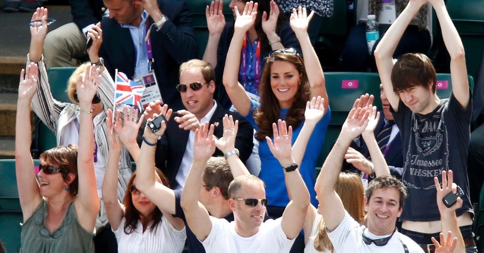 Príncipe William e sua esposa Kate fazem