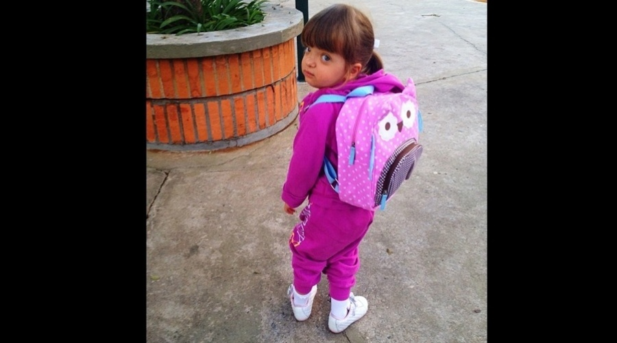 Rafaella Justus teve seu primeiro dia de aula nesta quinta (2/8/12)