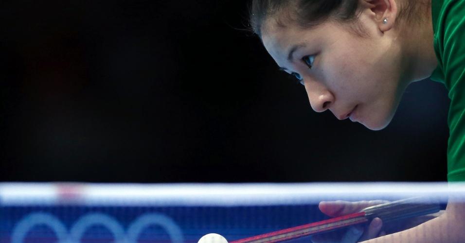 A brasileira Caroline Kumahara, do tênis de mesa, acaba de completar 17 anos e estreou em Jogos Olímpicos em Londres