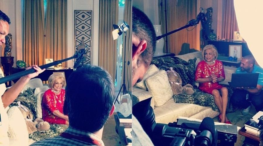 Hebe Camargo voltou a gravar seu programa (3/8/12). Nesta sexta uma produtora divulgou imagens da apresentora gravando a atração em casa.