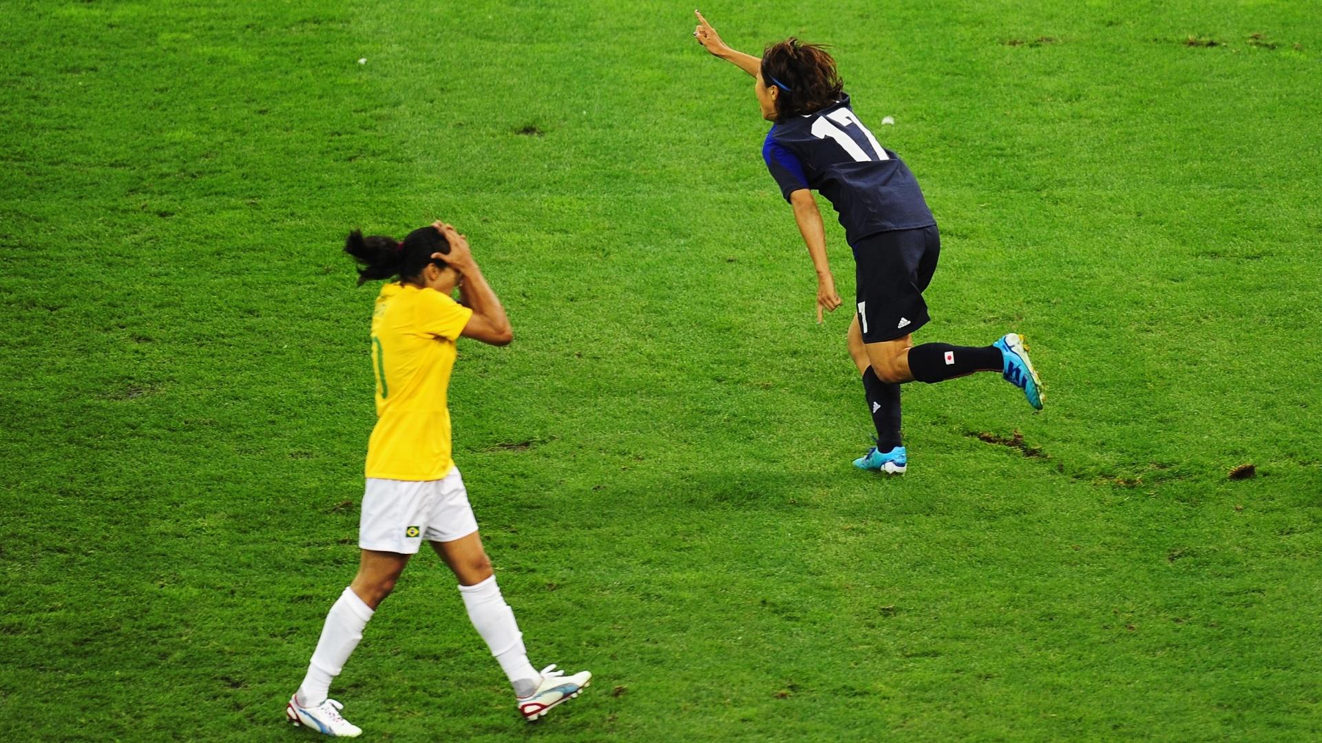 Marta lamenta gol marcado pela camisa 17 japonesa Yuki Ogimi ae5b72e737288