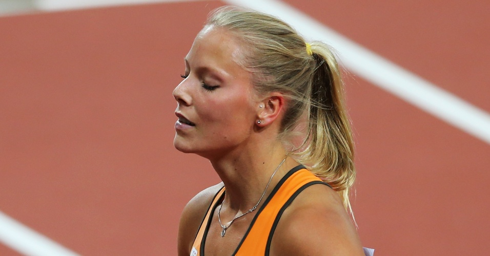Nadine Broersen, atleta da Holanda, após prova dos 200 m no heptatlo feminino