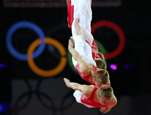 Nikita Fedorenko, ginasta da Rússia, durante competição na Arena North Greenwich