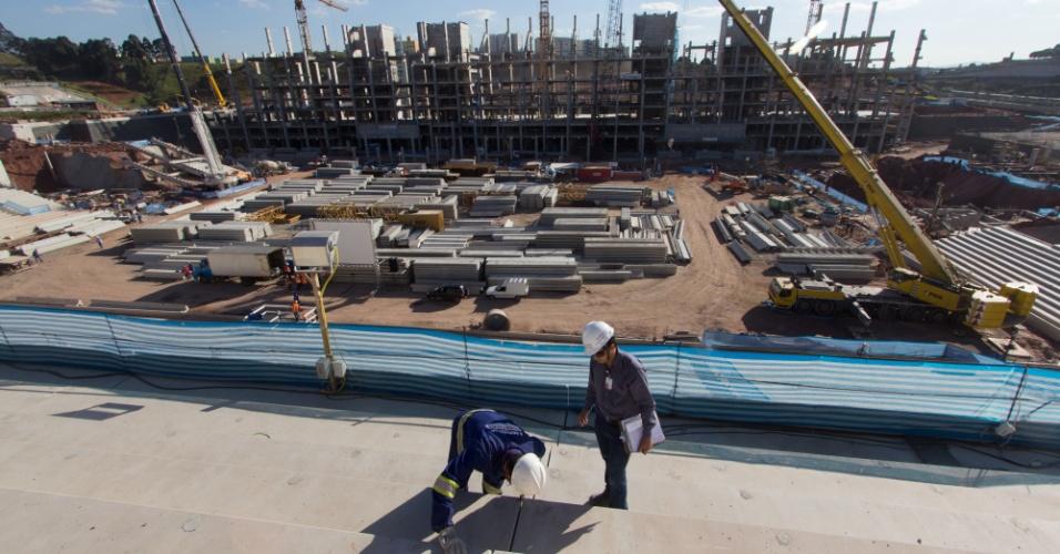 04.08.2012 - A construção do palco da abertura da Copa, o Itaquerão, em São Paulo, alcançou 45,17% de conclusão no fim de julho de 2012
