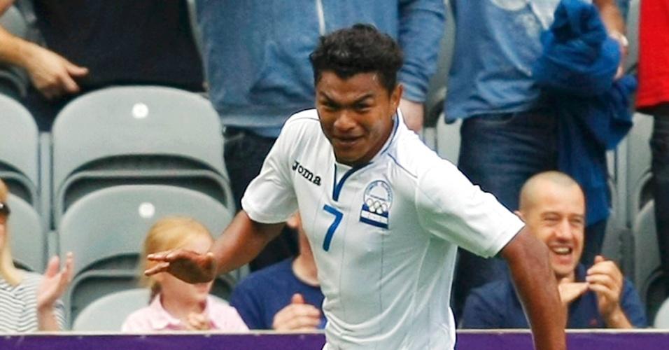Atacante Mario Martinez comemora após abrir o placar para Honduras na partida contra o Brasil pelas quartas de final dos Jogos