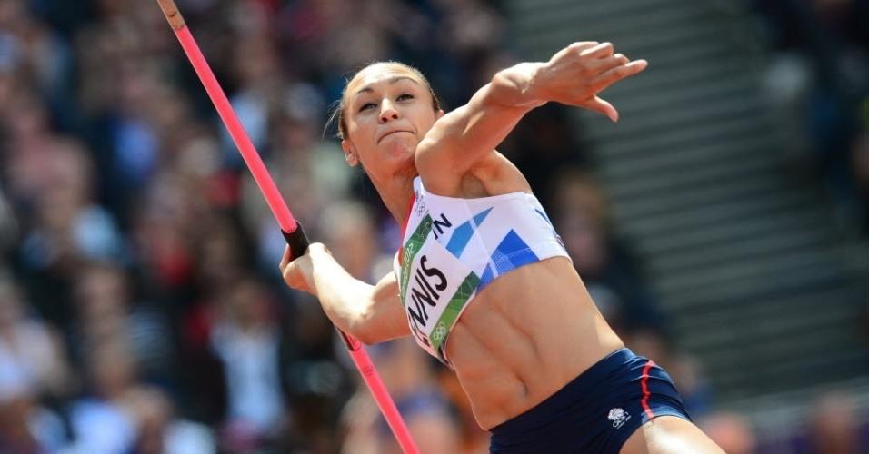 Britânica Jessica Ennis compete no lançamento de dardo do heptatlo