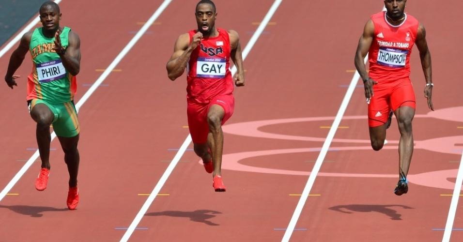 Norte-americano Tyson Gay ficou em primeiro lugar na sua bateria das eliminatórias dos 100 m rasos com 10s08