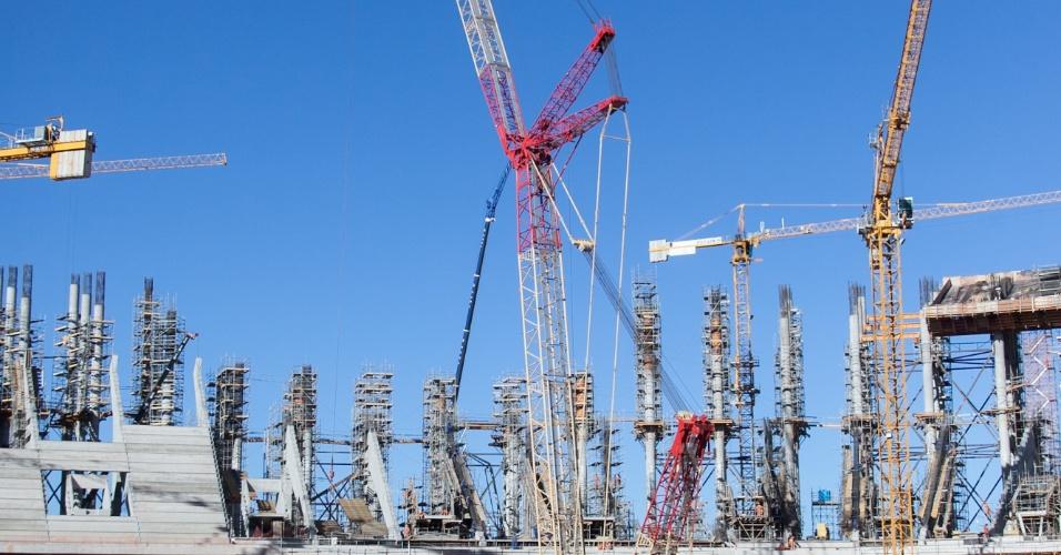 O Estádio Nacional de Brasília Mané Garrincha terminou julho de 2012 com 69% das obras finalizadas