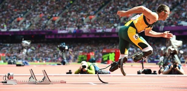 Oscar Pistorius, que é biamputado, conseguiu a classificação para a semifinal dos 400 m