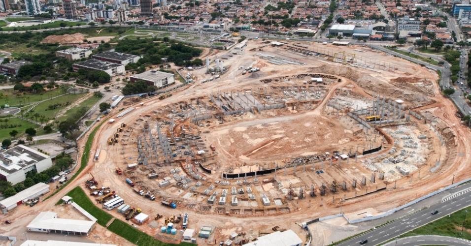 Pouco menos que 30% dos trabalhos de construção da Arena das Dunas, em Natal (RN), foram concluídos até o fim de julho de 2012
