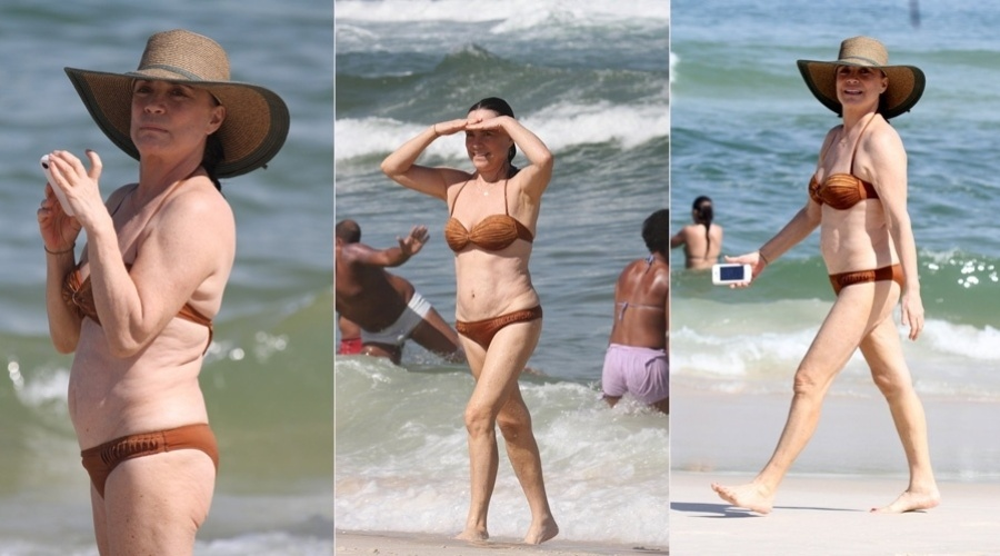 Regina Duarte curtiu praia neste sábado na Barra da Tijuca, zona oeste do Rio (4/8/12)