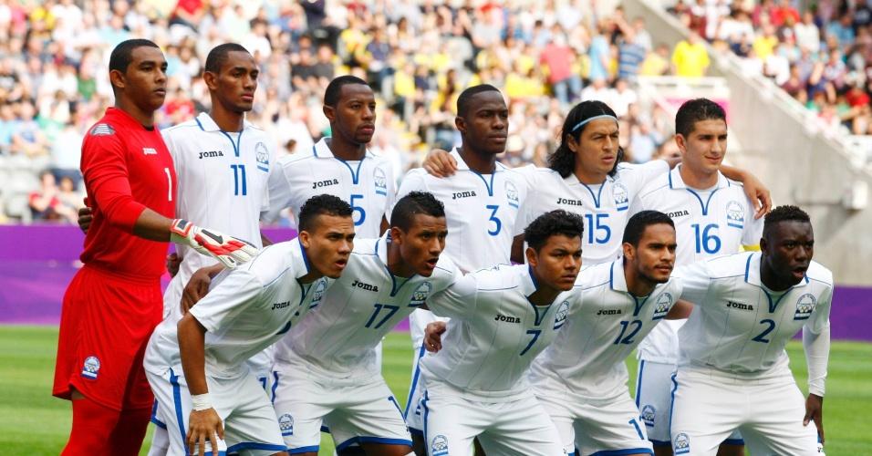 Seleção de Honduras posa para foto antes da partida contra o Brasil pelas quartas de final dos Jogos de Londres
