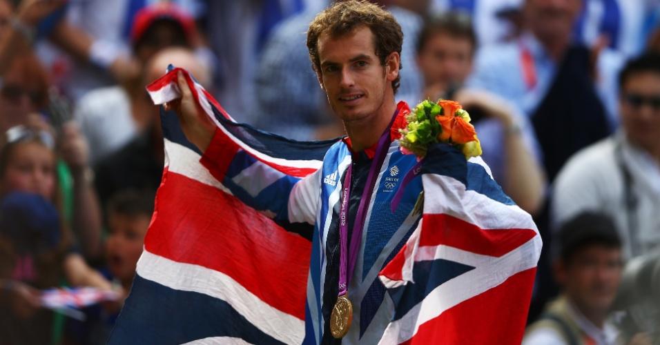Britânico Andy Murray faz história ao conquistar a medalha de ouro em vitória sobre Roger Federer