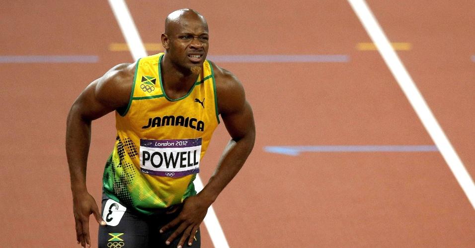 Corredor jamaicano Asafa Powell sente dores na virilha esquerda após o fim dos 100 metros rasos