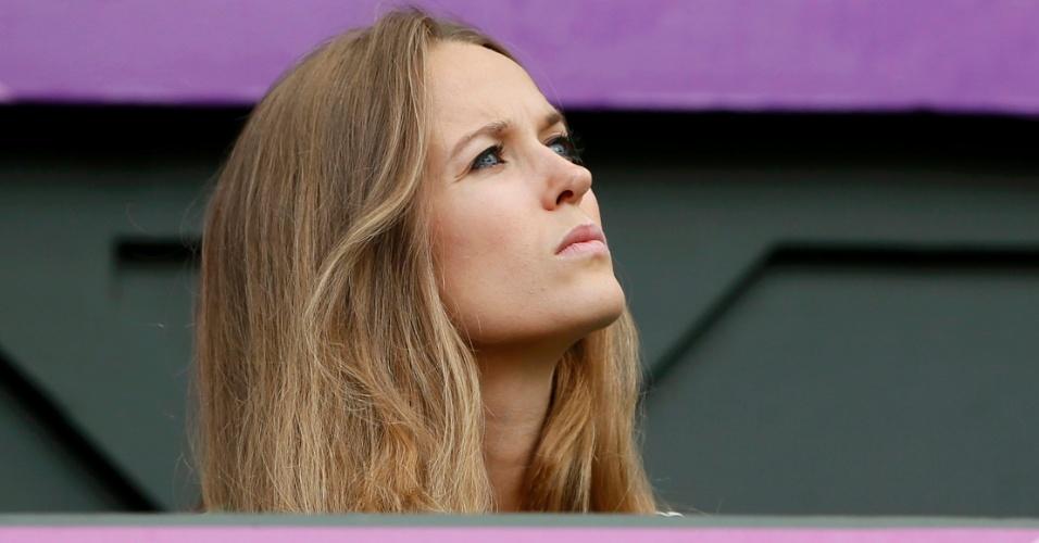 Kim Sears, namorada de Andy Murray, aguarda o início da final dos Jogos Olímpicos, em Wimbledon