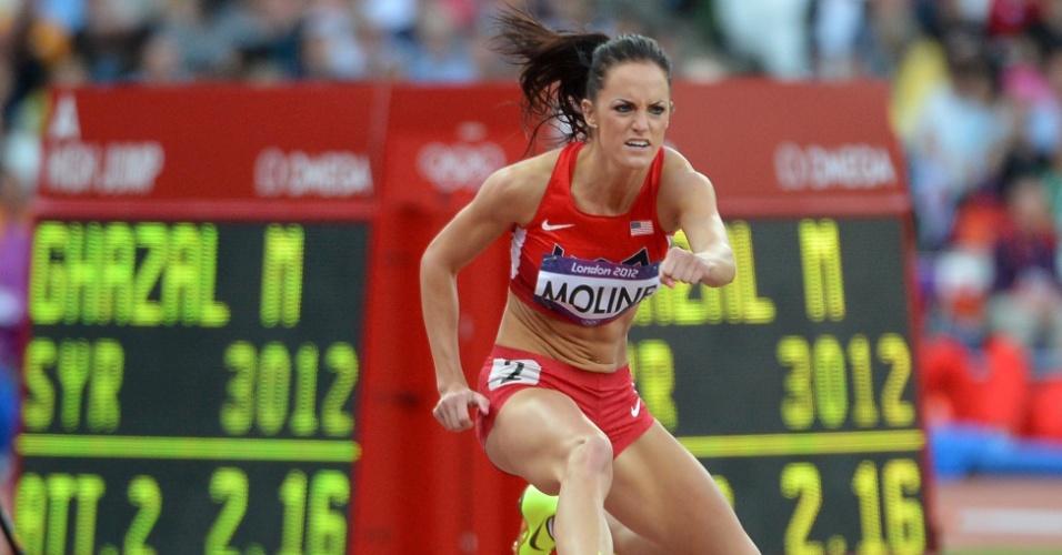 Norte-americana Georganne Moline compete por eliminatória dos 400 m com barreira