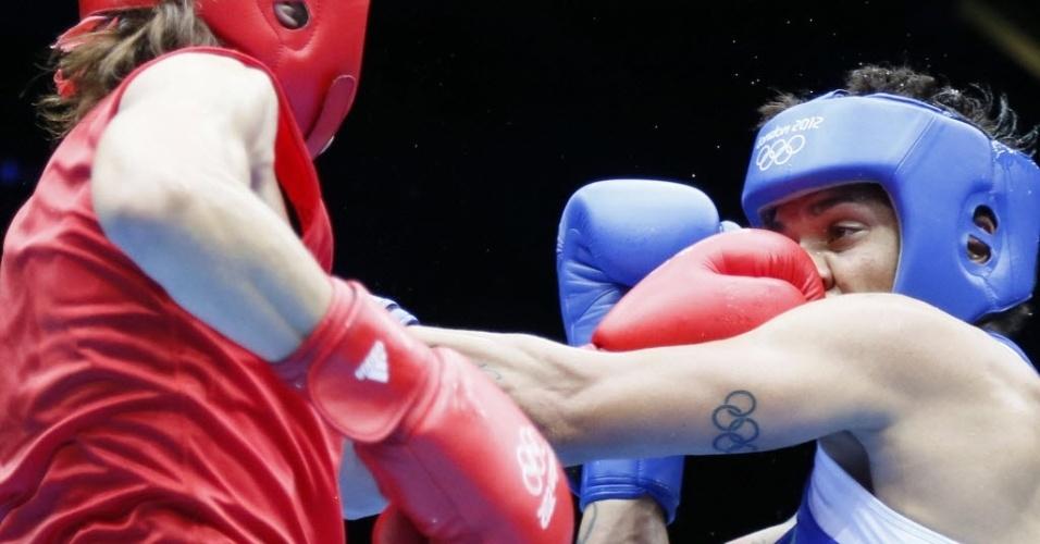Adriana Araújo é atingida por rival marroquina, mas vence e garante a vaga na semifinal e, consequentemente, uma medalha olímpica