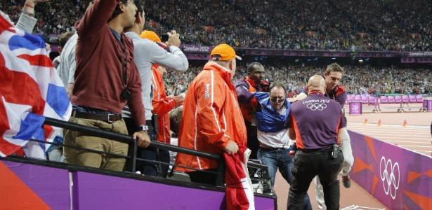 Ashley Gill-Webb causou confusão antes dos 100m rasos durante as Olimpíadas de 2012
