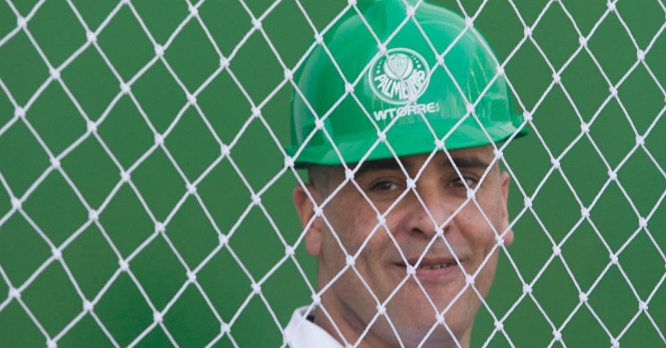 Marcos esteve com o elenco palmeirense na primeira visita dos atletas ao novo estádio do clube