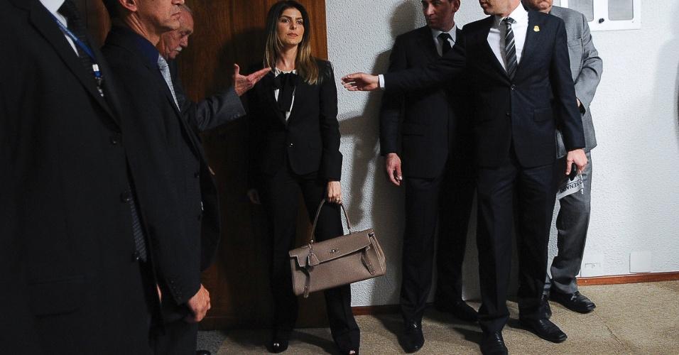 7.ago.2012 - Andressa Mendonça, mulher do empresário Carlinhos Cachoeira, chega à CPI para prestar esclarecimentos nesta terça-feira (7)