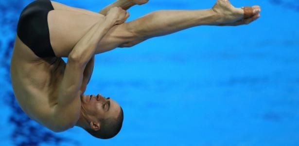 Cesar Castro errou salto em sua quarta tentativa na semifinal do trampolim de 3m