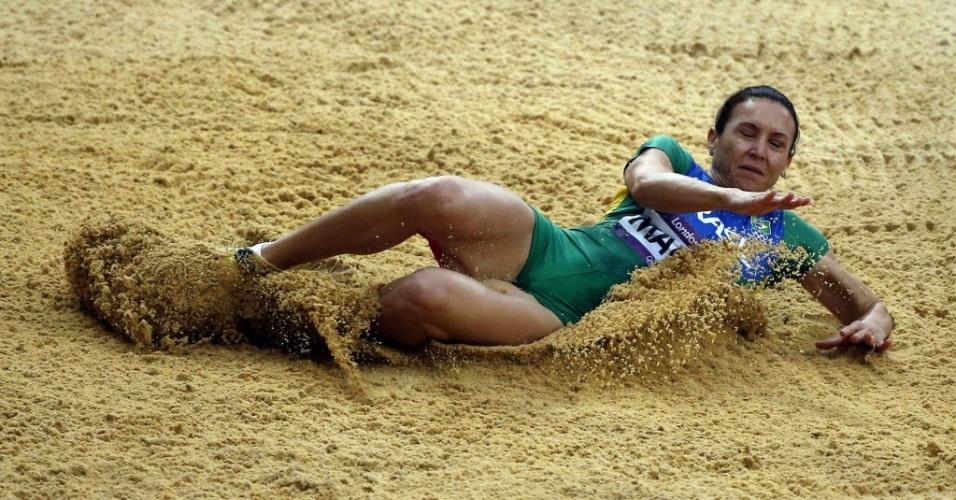 Maurren Maggi cai na caixa de areia nas eliminatórias do salto em distância; brasileira foi eliminada nas eliminatórias