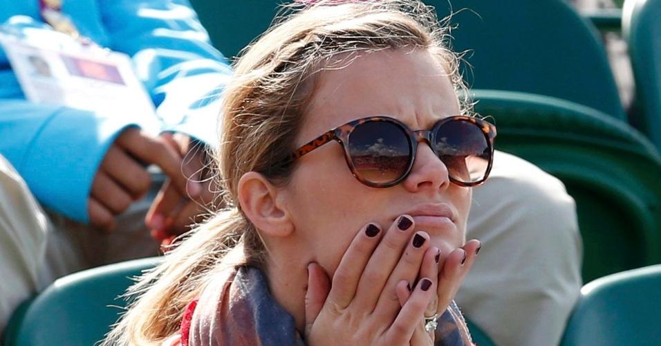 Modelo Brooklyn Decker, esposa de Andy Roddick, acompanha partida do marido contra o eslovaco Martin Klizan