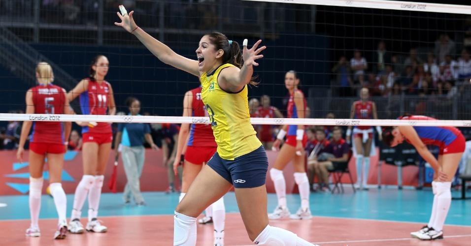 Natalia festeja vitória do Brasil e vaga na semifinal dos Jogos de Londres