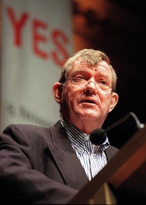 O crítico de arte Robert Hughes, que morreu no dia 6 de agosto de 2012, nos Estados Unidos - AFP Photo