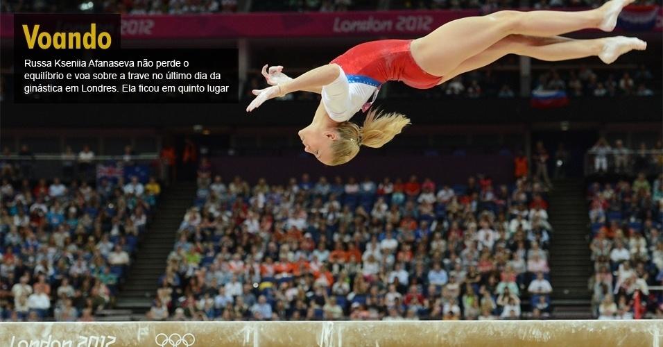Russa Kseniia Afanaseva não perde o equilíbrio e voa sobre a trave no último dia da ginástica em Londres. Ela ficou em quinto lugar