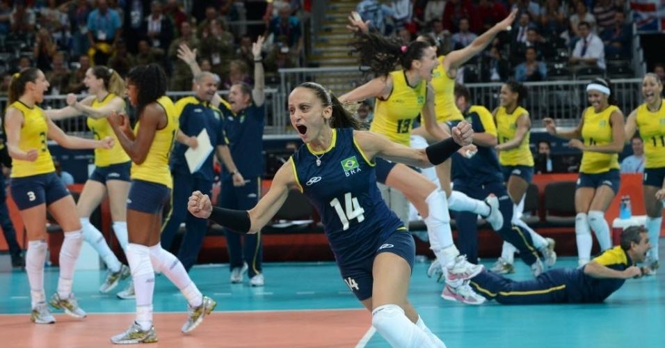 Seleção feminina de vôlei vai a loucura com a classificação para a semifinal