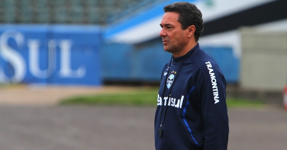 Vanderlei Luxemburgo participa de treinamento do Grêmio nesta terça (07/08/2012)