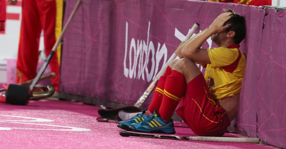Xavi Lleonart, da seleção de hóquei da Espanha, lamenta derrota para o Reino Unido na primeira fase