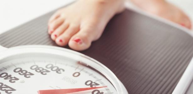 Apesar de estável, o número é alto: metade dos brasileiros tem excesso de peso