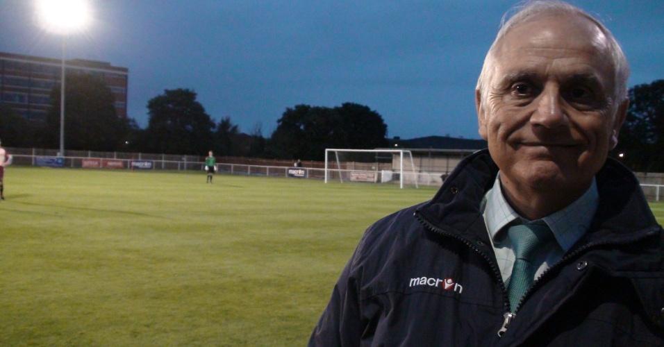 Brian Vandervilt é presidente do Corinthians-Casuals e se queixa do cancelamento de viagem ao Brasil em 2010 para o centenário do clube paulista