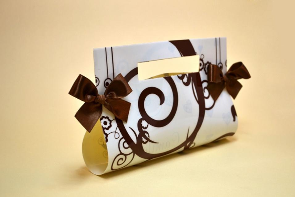 a17227704 Convites originais de casamento imprimem personalidade dos noivos e estilo  do evento - 08/08/2012 - UOL Universa