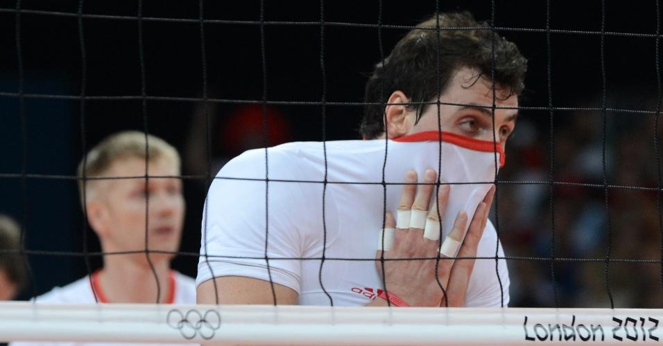 Polonês Zbigniew Bartman lamenta derrota para a Rússia pelas quartas de final do vôlei masculino