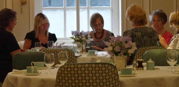 A Diamond Jubille Tea Salon é um oásis de calmaria em Londres