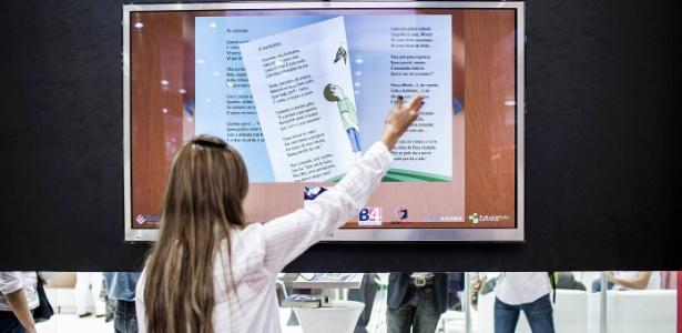 Livro interativo de poesia infantil do Olavo Bilac é um dos destaques da 22ª Bienal Internacional do Livro - Leonardo Soares/UOL