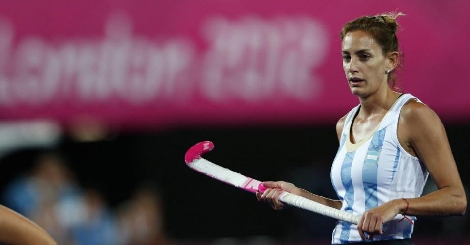 Luciana Aymar, da seleção argentina de hóquei, durante uma partida da equipe na Olimpíada de Londres