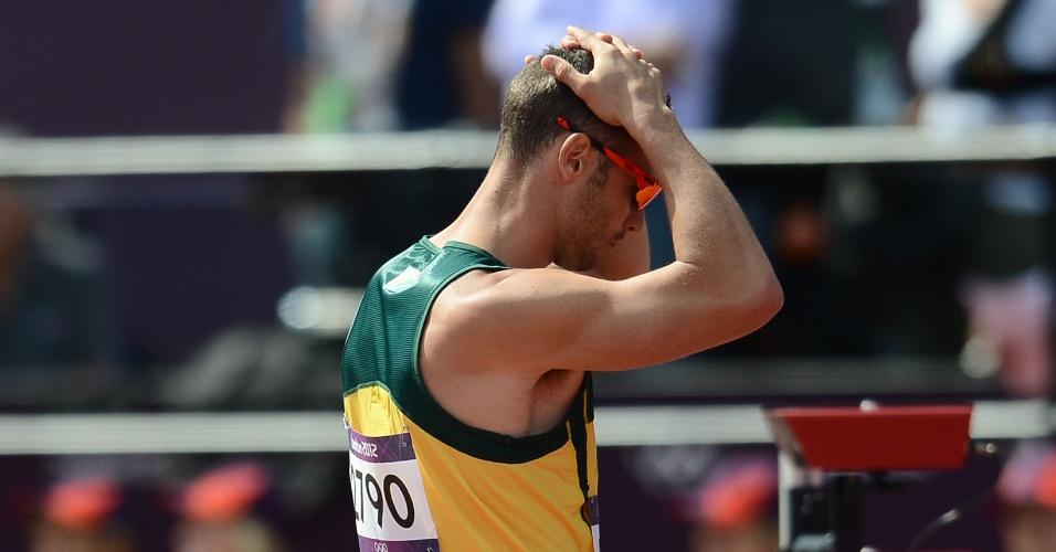 Oscar Pistorius lamenta queda sul-africana na elminatória do revezamento 4x400 m