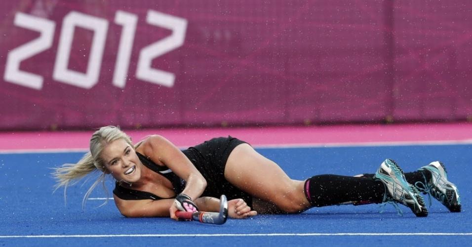 Samantha Harrison, da equipe de hóquei da Nova Zelândia, durante partida contra os Estados Unidos