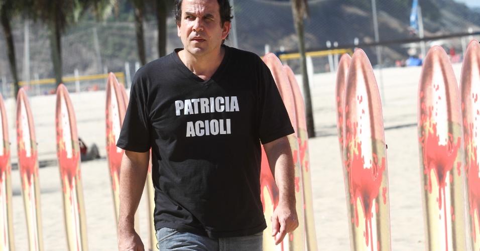10.ago.2012 -Carlos Schramm, primo da juíza Patrícia Acioli, participa do ato em memória à juíza realizado pela ONG Rio de Paz, em Copacabana, na zona sul do Rio de Janeiro, nesta sexta-feira (10)