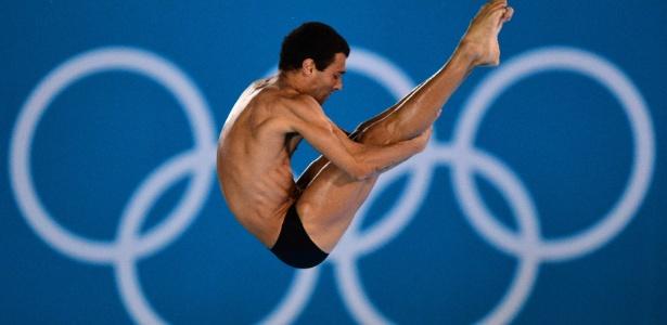 Brasileiro Hugo Parisi se apresenta nas eliminatórias da plataforma de 10 m; ele ficou em 30º lugar
