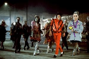 McKayla Maroney não está impressionada com o clipe de Michael Jackson